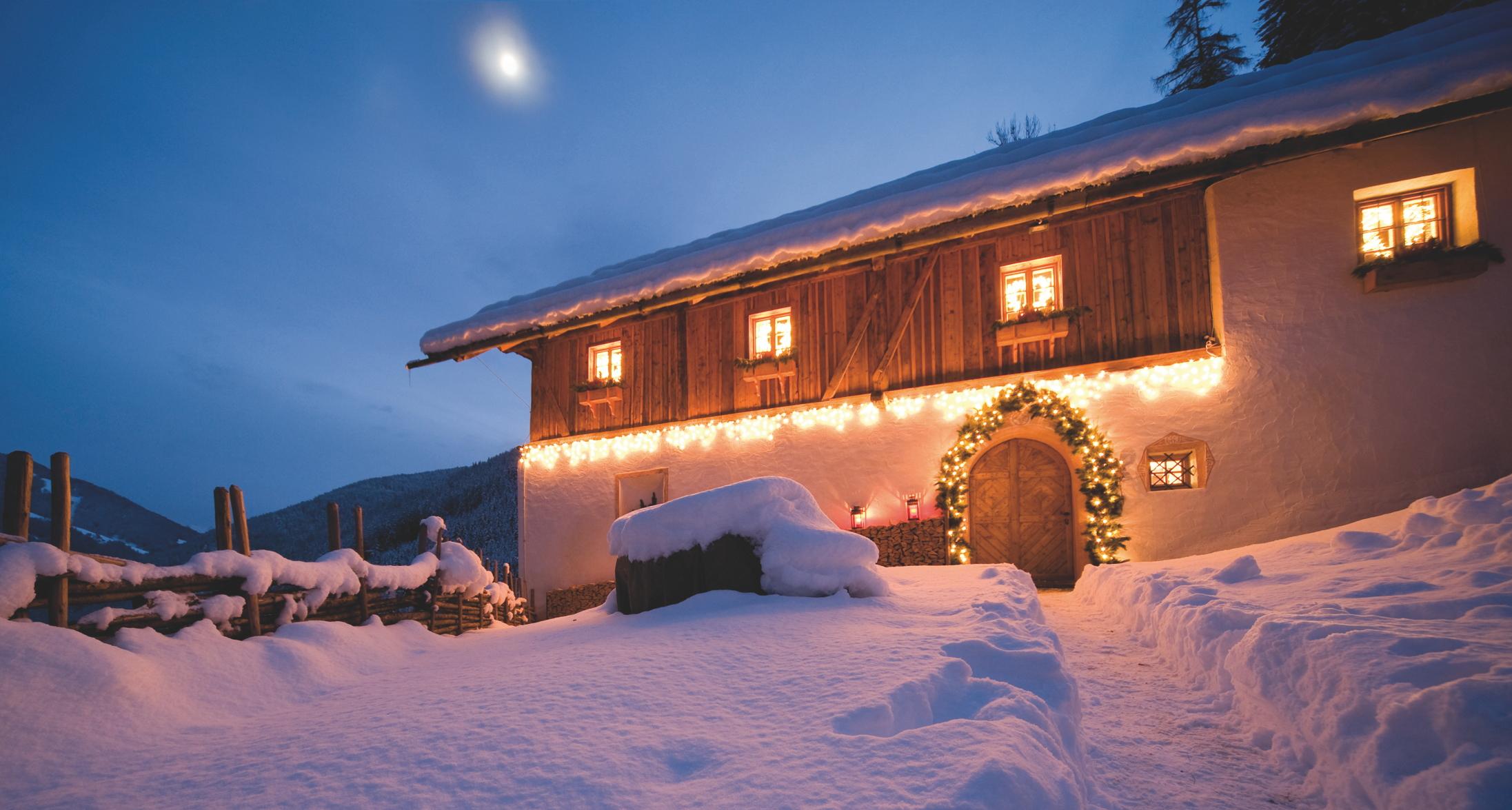 luxus chalets in den alpen domizile reisen spezialist. Black Bedroom Furniture Sets. Home Design Ideas