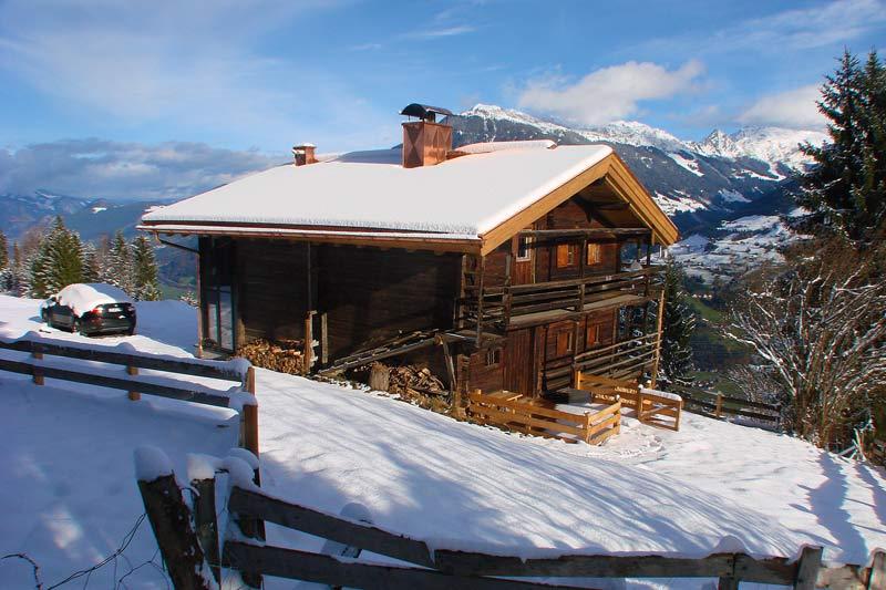 Exklusives Skivergnügen im Zillertal mit dem Pisten-Husky