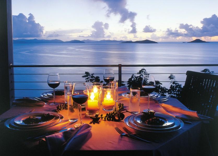 4 der 10 schönsten Ferienhäuser laut ELLE sind von DOMIZILE REISEN