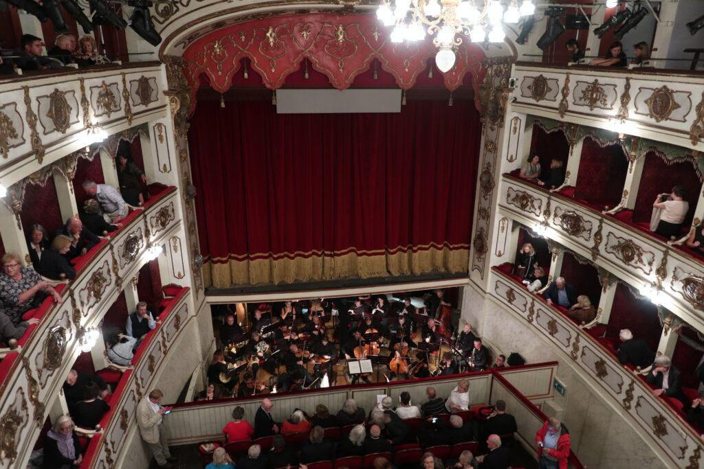 Teatro Verdi vom 3. Rang