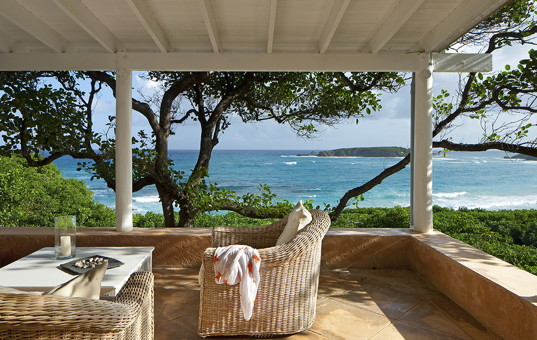 Karibik - Mustique - Simplicity - terrace and seaview of vacation villa in caribbean