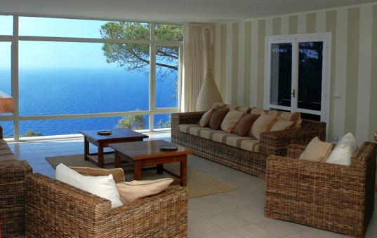 Italien - TUSCANY - ELBA - Costa dei Gabbiani - Villa degli Eucalipti - Livingroom with seaview