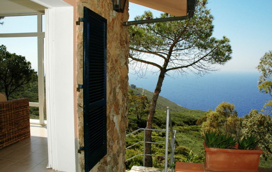 Italien - TUSCANY - ELBA - Costa dei Gabbiani - Villa degli Eucalipti - Holiday home with view onto the landscape and the sea