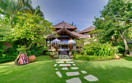 Asien - BALI - Canggu - Villa Sungai Tinggi - Luxury villa with beautiful garden