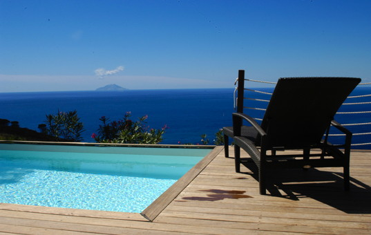 Italien - TUSCANY - ELBA - Costa dei Gabbiani - Villa Agavi - Infinity pool with panoramic sea view