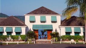 Round Hill Hotel