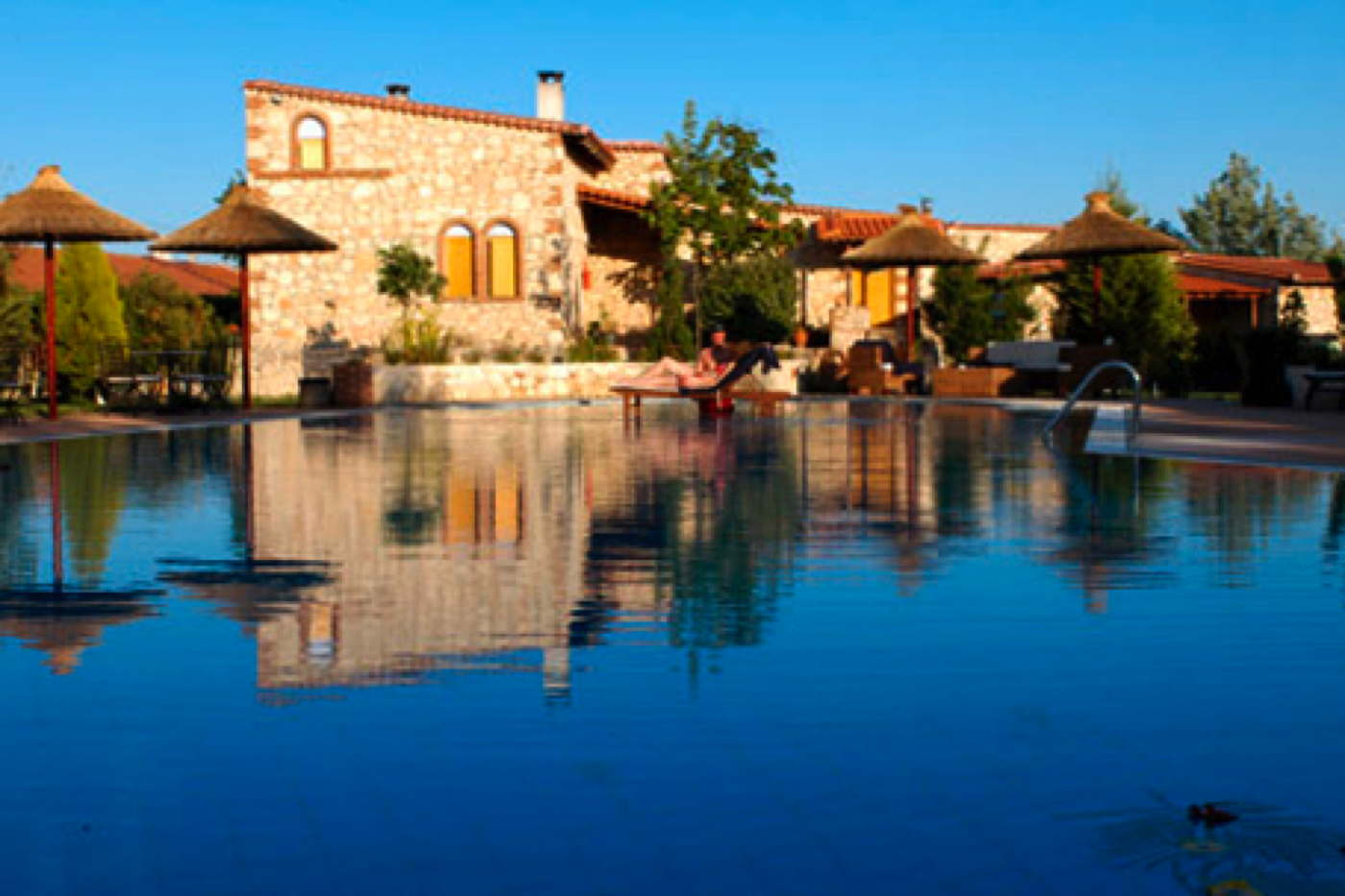 Boutique hotel with suites in kassandra greece for Design boutique hotels chalkidiki