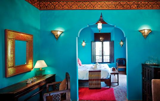 Afrika - MOROCCO - Asni - Kasbah Tamadot - blue saloon