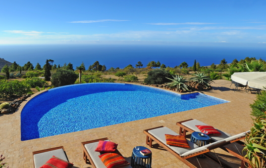 <a href='/holiday-villa/spain.html'>SPAIN</a> - <a href='/holiday-villa/spain/canary-islands.html'>CANARY ISLANDS</a>  - <a href='/holiday-villa/spain/la-palma.html'>LA PALMA</a> - Puntagorda - Villa Botanico - views of the atlantic ocean