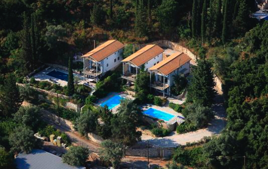 <a href='/holiday-villa/greece.html'>GREECE</a> - <a href='/holiday-villa/greece/ionian-islands.html'>IONIAN ISLANDS</a>  - <a href='/holiday-villa/greece/lefkada.html'>LEFKADA</a> - Lefkas - Spiti Jira - Villa with private pool