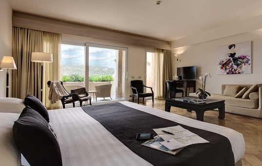 Italien - SARDINIA - Baja Sardinia - L'Ea Bianca Luxury Resort - Junior suite in hotel resort by the sea Sardinia