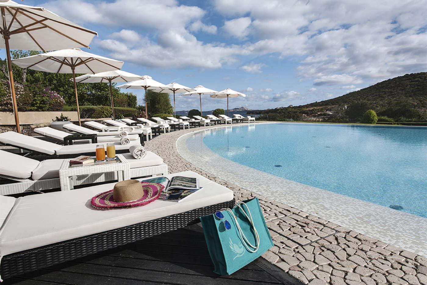 Designhotel direkt am strand mit privaten villen auf for Designhotel am strand