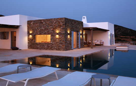 <a href='/holiday-villa/greece.html'>GREECE</a> - <a href='/holiday-villa/greece/cyclades.html'>CYCLADES</a>  - <a href='/holiday-villa/greece/paros.html'>PAROS</a> - Farangas - Villa Kalimera - Villa with pool paros