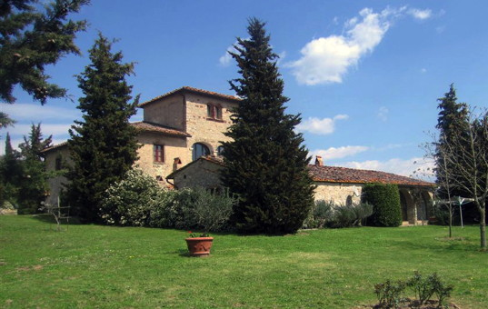 Italien - TUSCANY - Gaiole in Chianti - Moci di Sotto - beautiful restructed farmhouse on a hilltop in tuscany