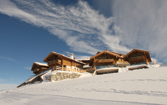 Österreich - TYROL - KITZBÜHEL - Kirchberg - Chalet Kitzbühel - Luxury chalets on ski slopes in winter landscape