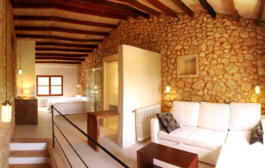 Spanien - BALEARIC ISLANDS - MAJORCA - Buger - Finca Es Rafal - Very modern double bedroom with ensuite