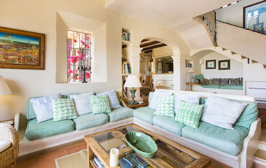 Spanien - BALEARIC ISLANDS - MAJORCA - San Llorenco - Casa Son Negre - living room of rental villa in Malorca