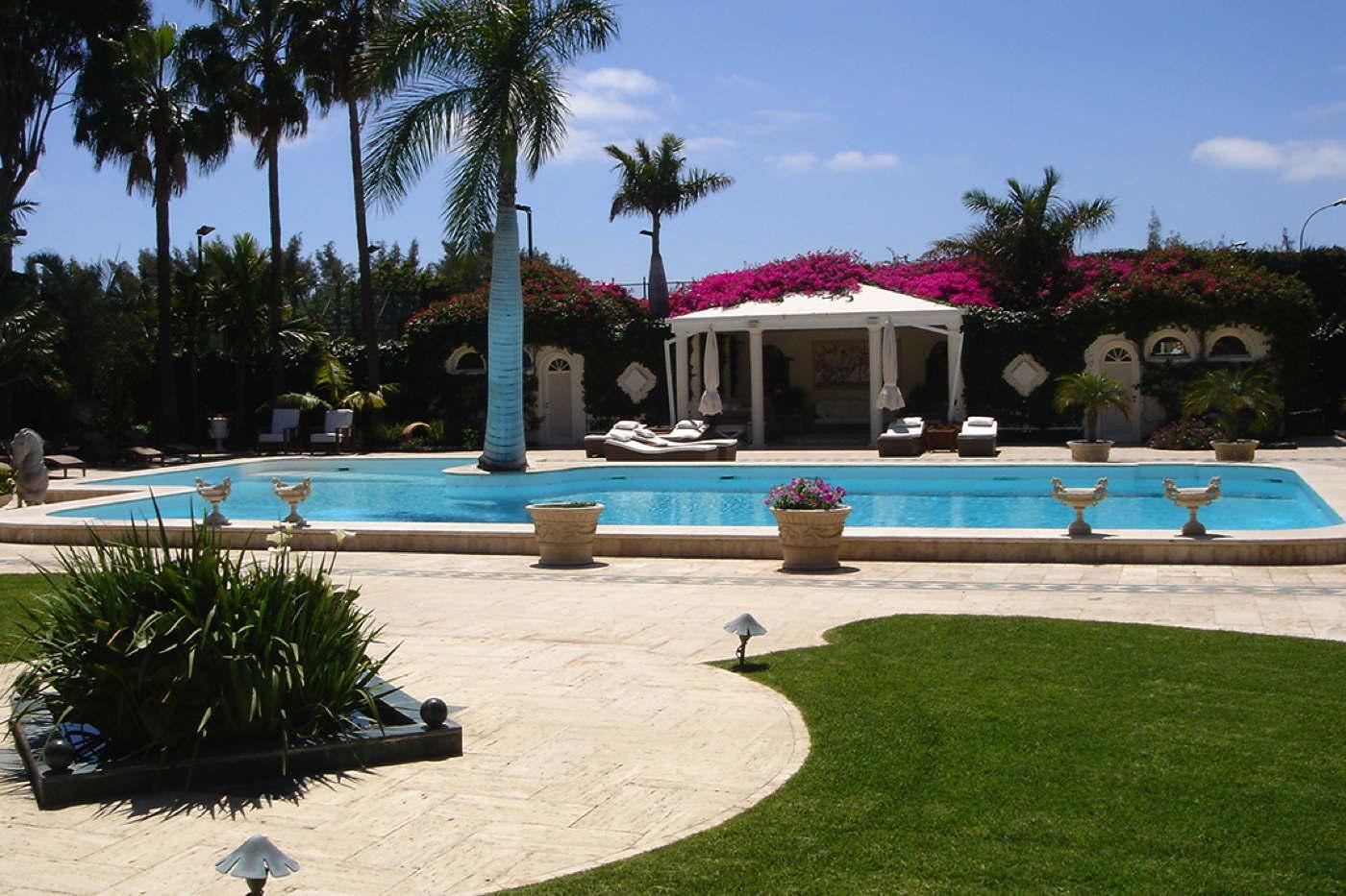 luxusvilla gran canaria spanien mieten bei domizile reisen. Black Bedroom Furniture Sets. Home Design Ideas