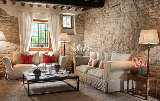 Italien - UMBRIA - San Savino di Murlo - Villa San Savino - Stylish living room in holiday villa Umbria