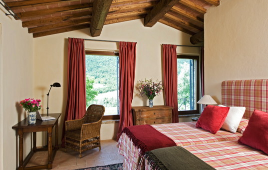 Italien - UMBRIA - San Savino di Murlo - Le Torre - bedroom of a holiday villa in umbria