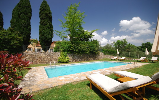 rental apartment with pool self Italy Tuscany countryside Chianti Borgo San Felice Apartment Il Caminetto