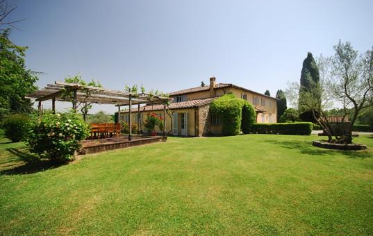 Italien - Toskana  - Borgo San Felice - Apartment La Pergola - rustikale ferienwohnung in der toskana
