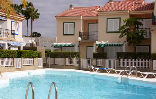 <a href='/holiday-villa/spain.html'>SPAIN</a> - <a href='/holiday-villa/spain/canary-islands.html'>CANARY ISLANDS</a>  - <a href='/holiday-villa/spain/gran-canaria.html'>GRAN CANARIA</a> - Pasito Blanco - Los Cabosos -