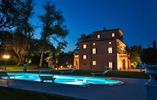 Italien - MARCHE - Tolentino - Villa Nena - Large luxury country house with spacious garden and pool