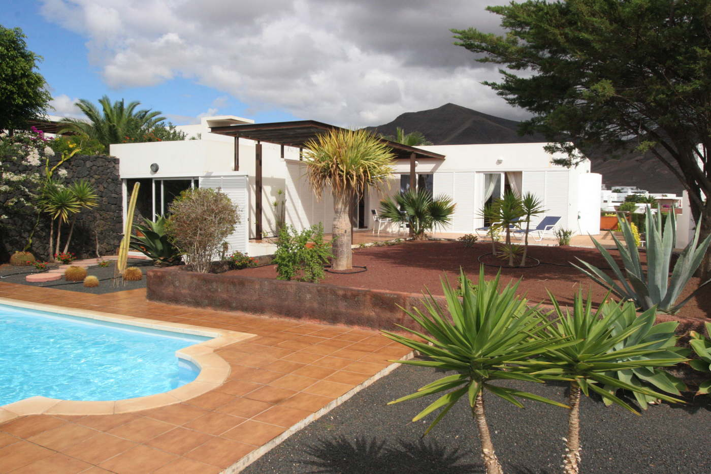 holiday villa rental Lanzarote