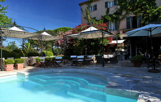 Frankreich - COTE D'AZUR - Gassin - Le Mas de Chastelas - Restaurant directly next to Pool