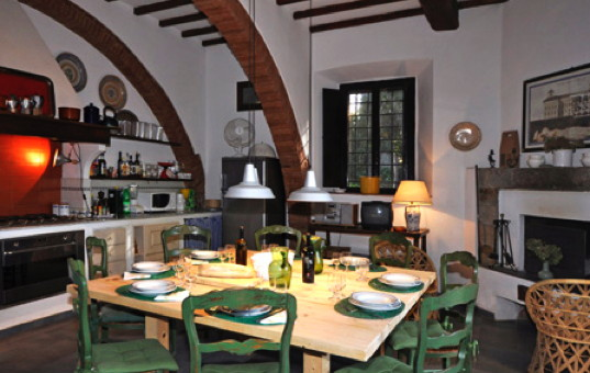 Italien - TUSCANY - Fonteblanda - Villa Lantana - dining room of a traditional beach villa in tuscany