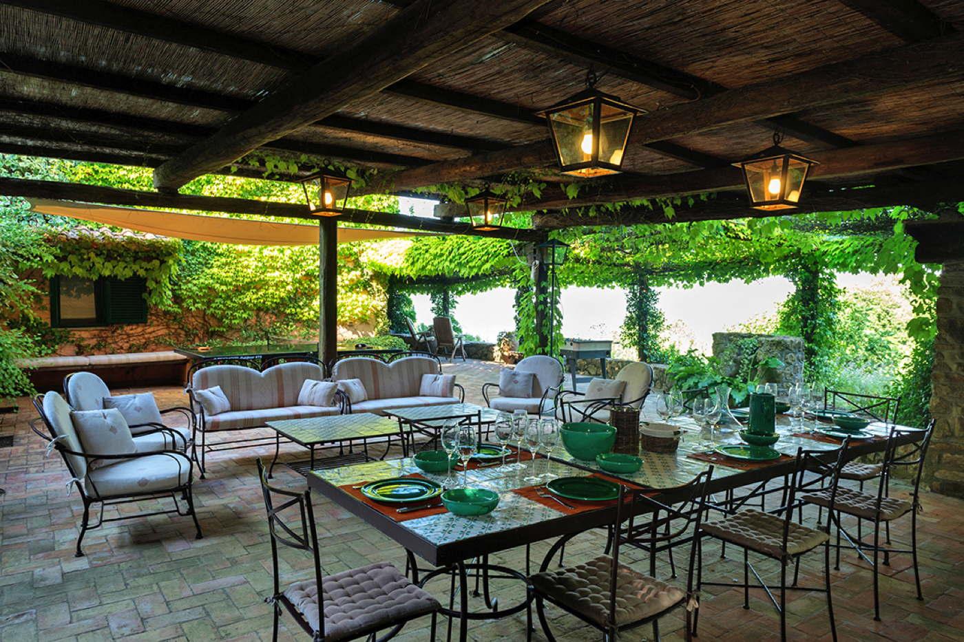 Luxury villa luxury holiday home vacation villa in italy for Monte villa motor inn