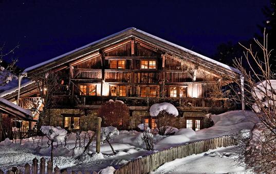 chalets in den alpen an der piste mieten bei domizile reisen. Black Bedroom Furniture Sets. Home Design Ideas