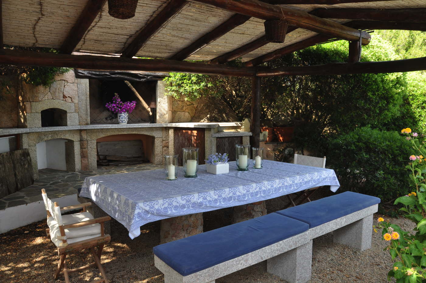 ferienhaus mieten italien ferienvilla mit pool porto cervo sardinien. Black Bedroom Furniture Sets. Home Design Ideas