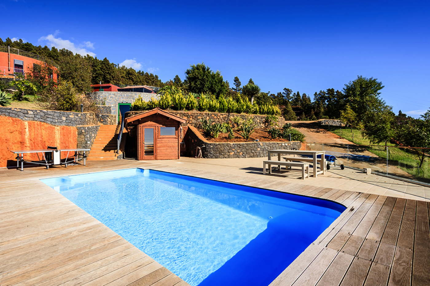Rental villa with heated pool in la palma spain domizile for Villas corona