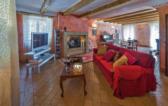 Italien - MARCHE - Mogliano - Villa Prati - Large living and dining area