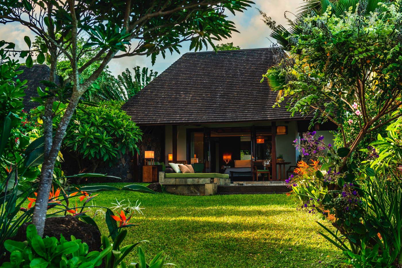 Luxury villa villa resort service golf villa in mauritius for Garden pool villa four seasons mauritius