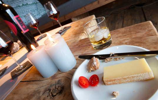 Österreich - TYROL - ZILLERTAL - Aschau im Zillertal - Chalet Antonia - Delicacy on a plate