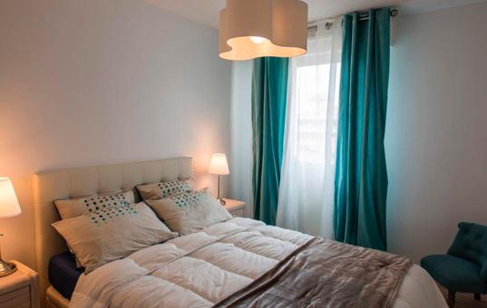 Frankreich - COTE D'AZUR - Sanary-sur-Mer - Apartment Sant Nari - Stylish furnished double bedroom