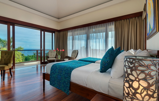 Asien - BALI - Kuta Selatan - Villa Rose - Bedroom with stunning sea view