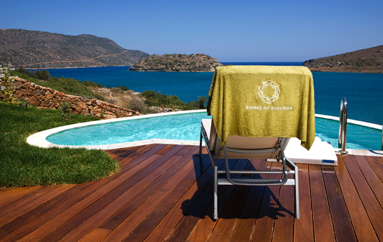 <a href='/holiday-villa/greece.html'>GREECE</a> - <a href='/holiday-villa/greece/crete.html'>CRETE</a>  - Elounda - Elounda Suite - Elounda suite&#39;s pool