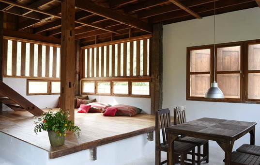 Asien - THAILAND - Chiang Mai | Namprae Village - Hoshihana Cottage Dam - living area in holidaycottage
