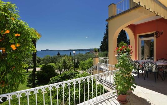 Italien - LAKE GARDA - Gardone Riviera - Villa Fasanella -