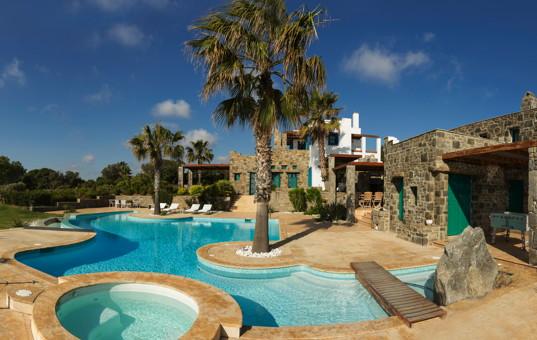 Griechenland - CYCLADES - PAROS - Ambelas - Pasiphae Villa - spacious pool