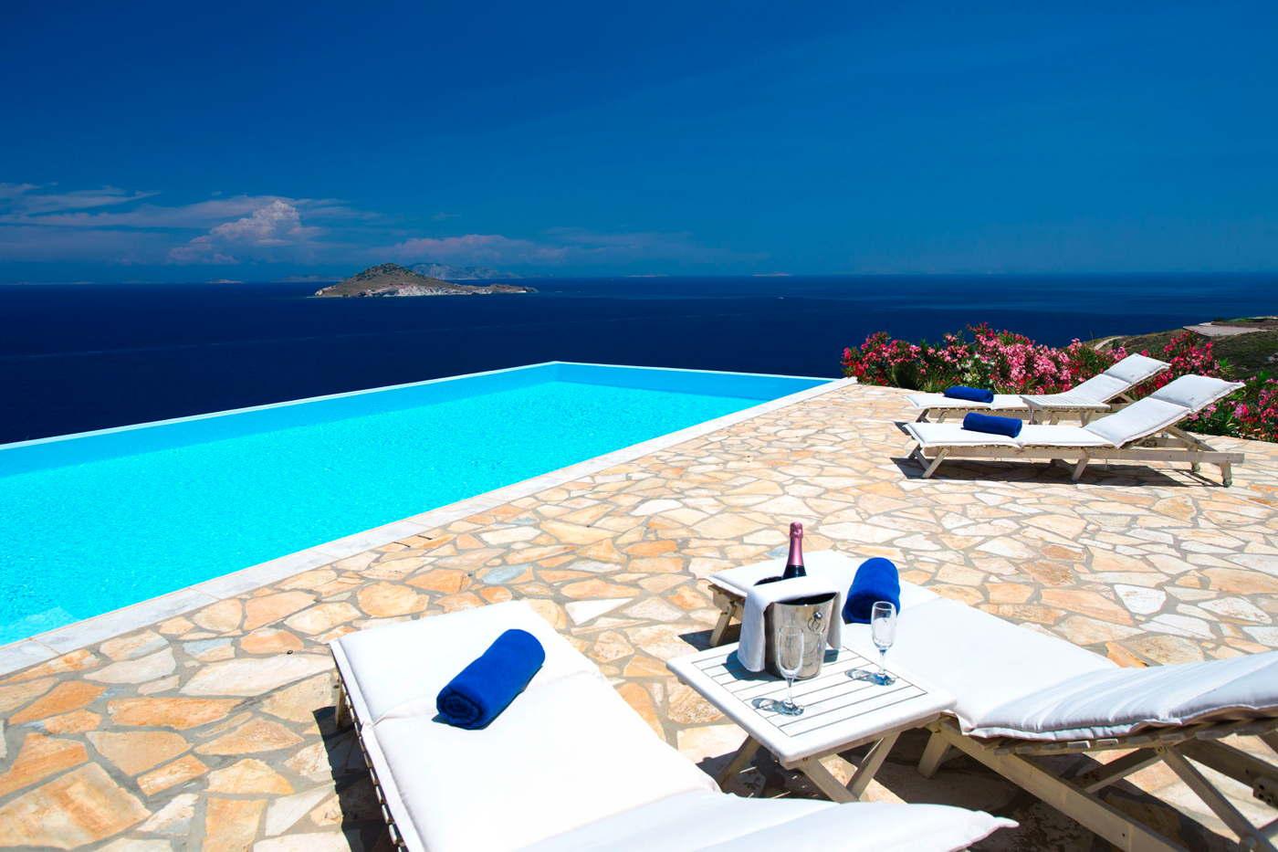 Grikos Bay Villa