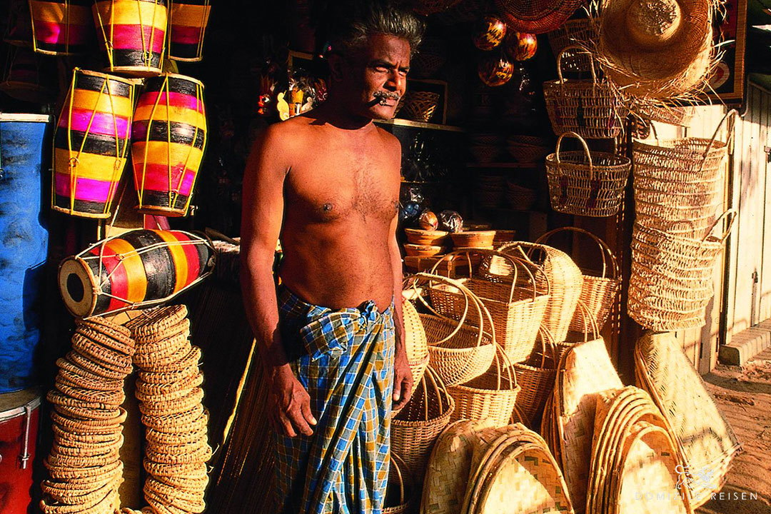 Handcrafts salesman in Sri Lanka