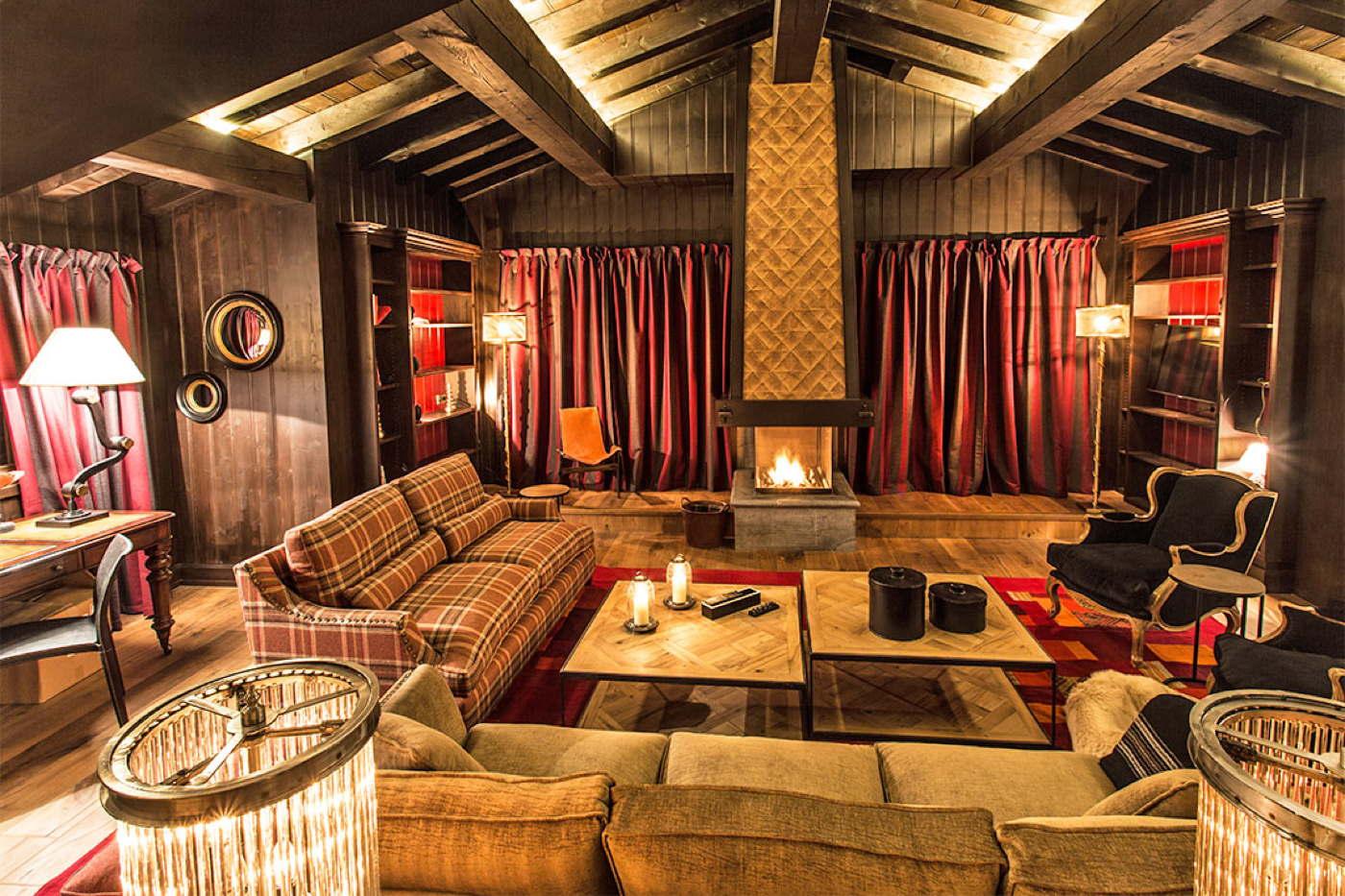 ski chalet pool wellness halfboard 5 bedrooms france alps val d 39 is re. Black Bedroom Furniture Sets. Home Design Ideas