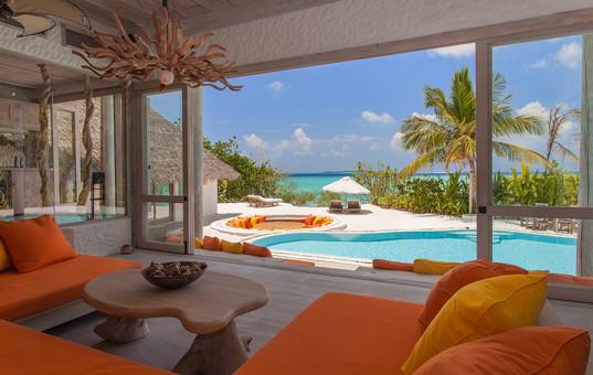 Indischer Ozean - MALDIVES - Baa Atoll, Kungfunadhoo Island - Soneva Fushi Villas - Room view from Maldives beachfront villa