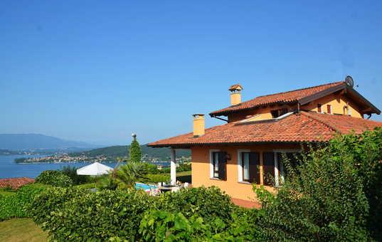 Italien - LAGO MAGGIORE - Meina - Villa Meina - Villa with pool and view of Lago Maggiore