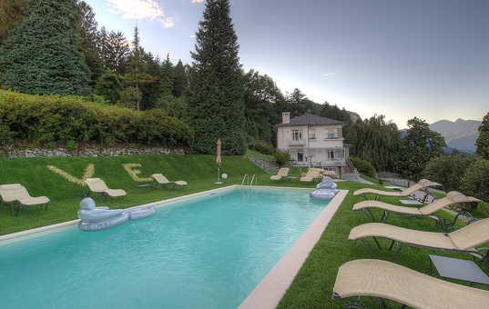 <a href='/holiday-villa/italy.html'>ITALY</a> - <a href='/holiday-villa/italy/lago-maggiore.html'>LAGO MAGGIORE</a>  - Baveno - Villa Ermelinda -